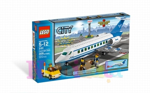 AVION PASAGERI din seria LEGO CITY.