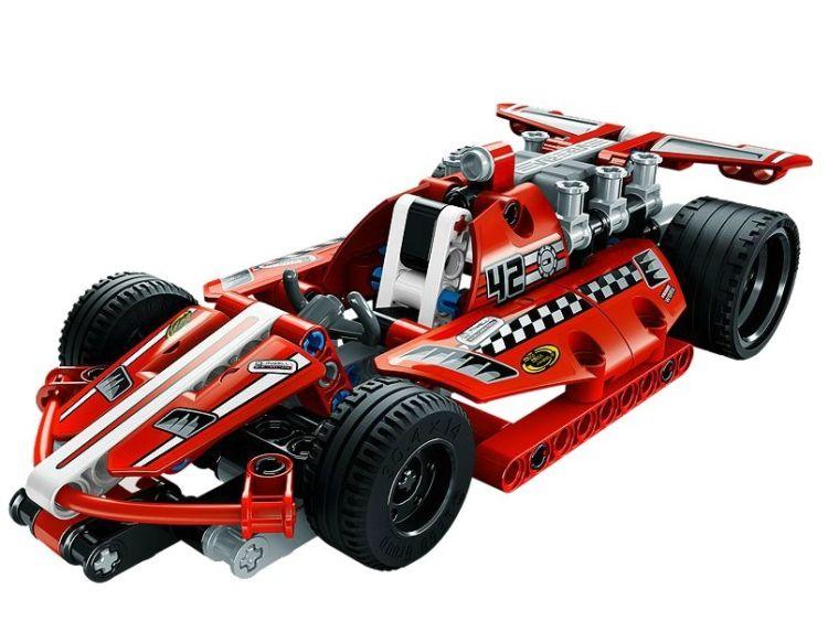 Masina de curse din seria Lego Tehnic