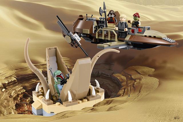 Desert Skiff (9496)
