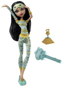 Papusa Monster High Dead Tired - Cleo