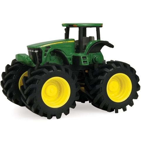 Tractor JD cu roti mari