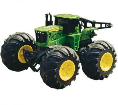 Tractor JD cu rotiI mari si telecomanda