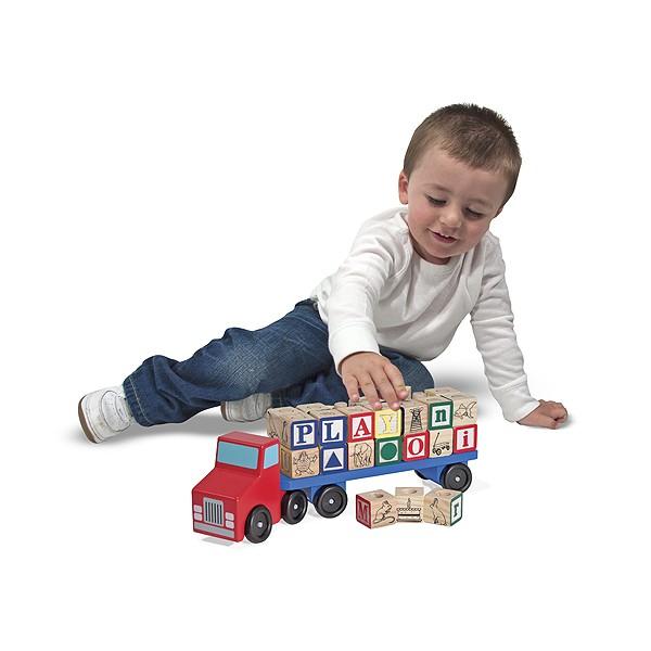 Camionul Alfabet