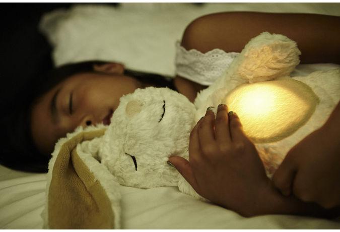 Iepurasul luminos Glow Cuddles Bunny