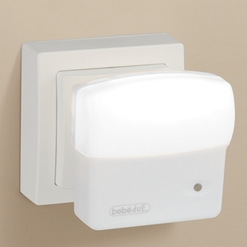 Lampa de veghe Led cu senzor de lumina