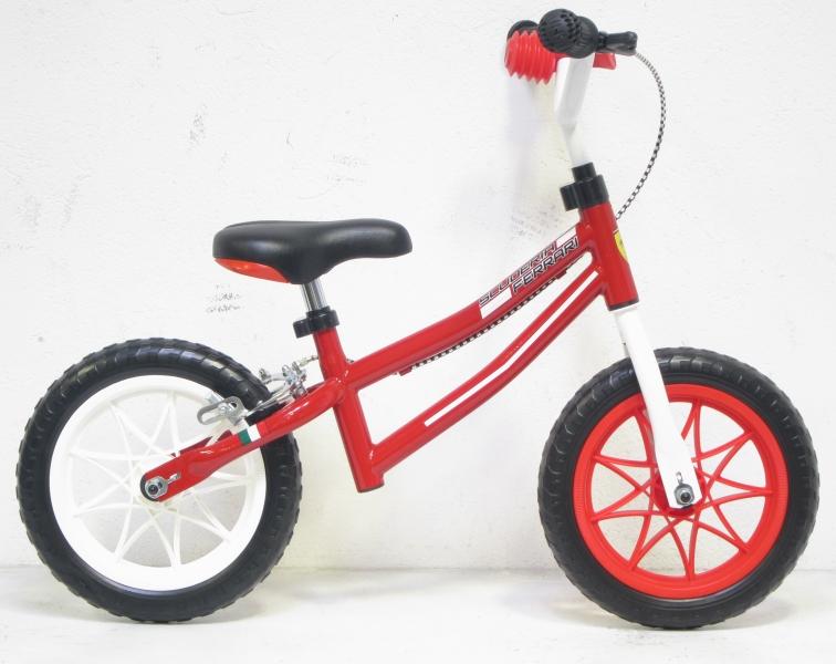Bicicleta Fara Pedale Run Bike Ferrari