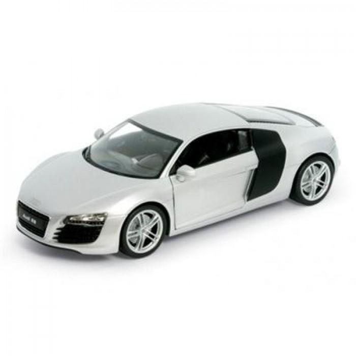 Audi R8 124