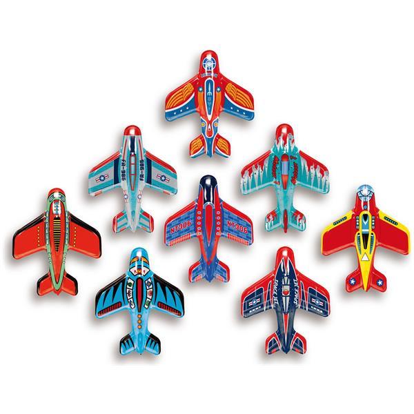 Avion din metal cu propulsie
