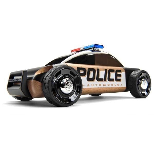 Masinuta de politie S9