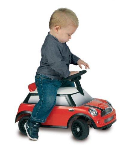 Masinuta Mini Cooper actionata cu picioarele