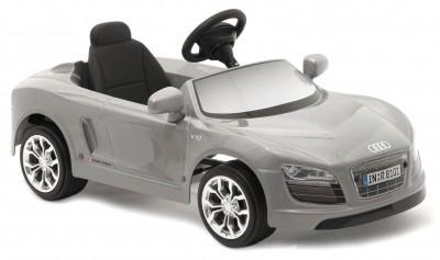 Masinuta Cu Pedale Copii Audi R8 Argintiu