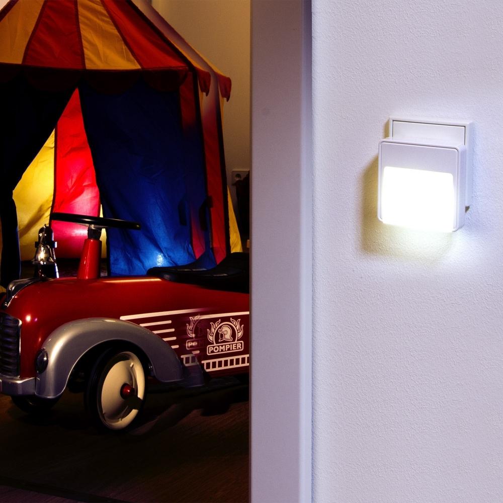 Lampa cu senzor de lumina si miscare Ansmann