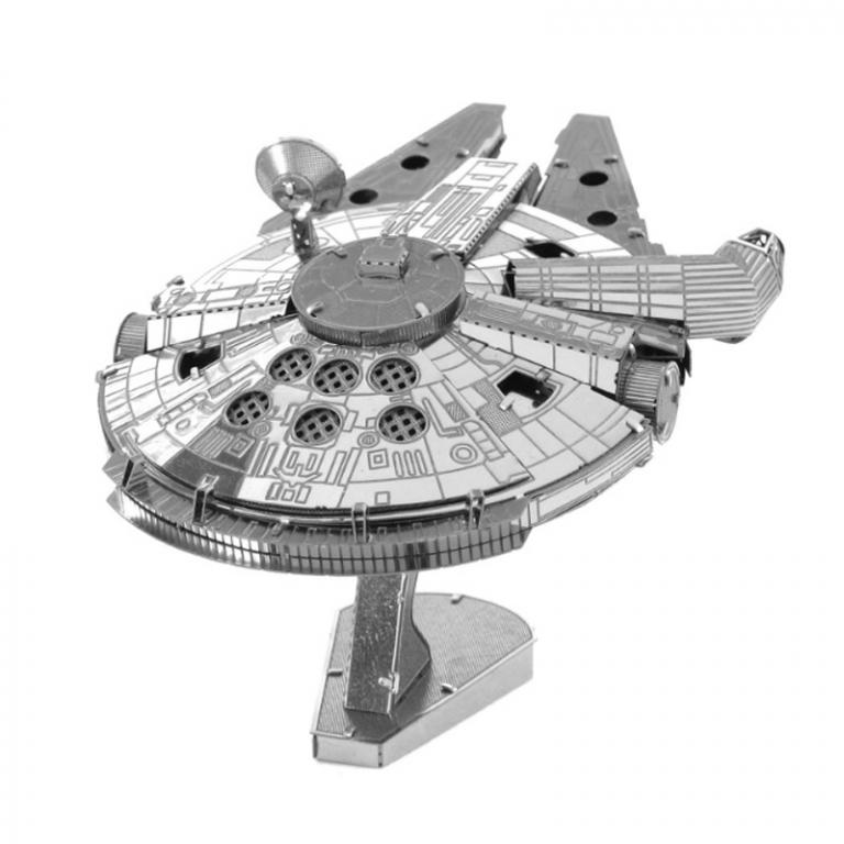 Set asamblare macheta metalica Soimul Mileniului Star Wars - Metal Earth