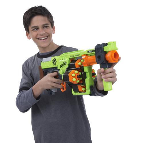 Blaster Nerf Zombie Strike Doominator