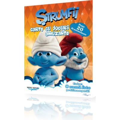 Carte cu jocuri amuzante Strumfii
