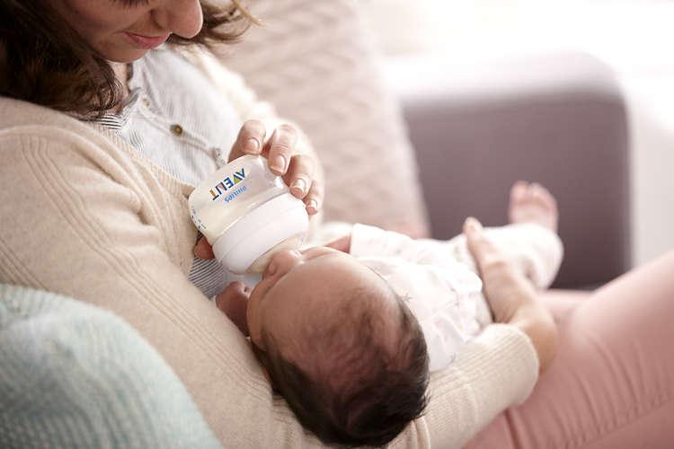 Biberon Philips Avent Natural 60 ml Polipropilena nu contine BPA