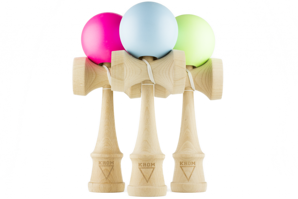 Krom Kendama Small Glow Green