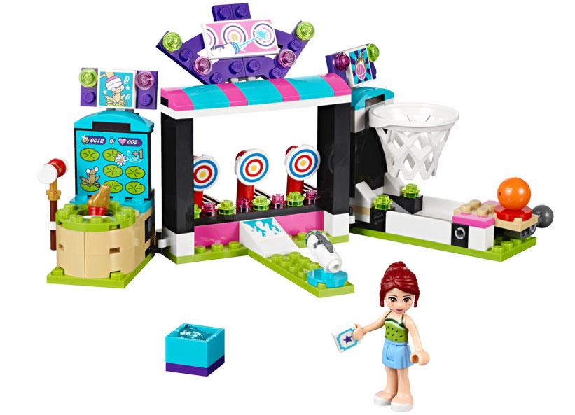 Sala de jocuri din parcul de distractii (41127)