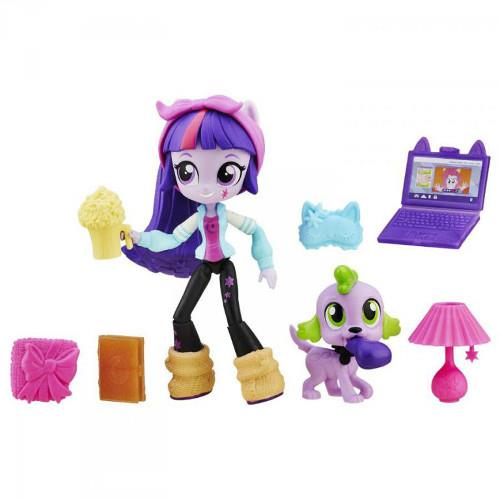 Set My Little Pony - Twilight Sparkle si Petrecerea in Pijamale