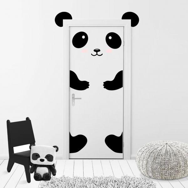 Sticker Decorativ Usa Ursuletul Panda