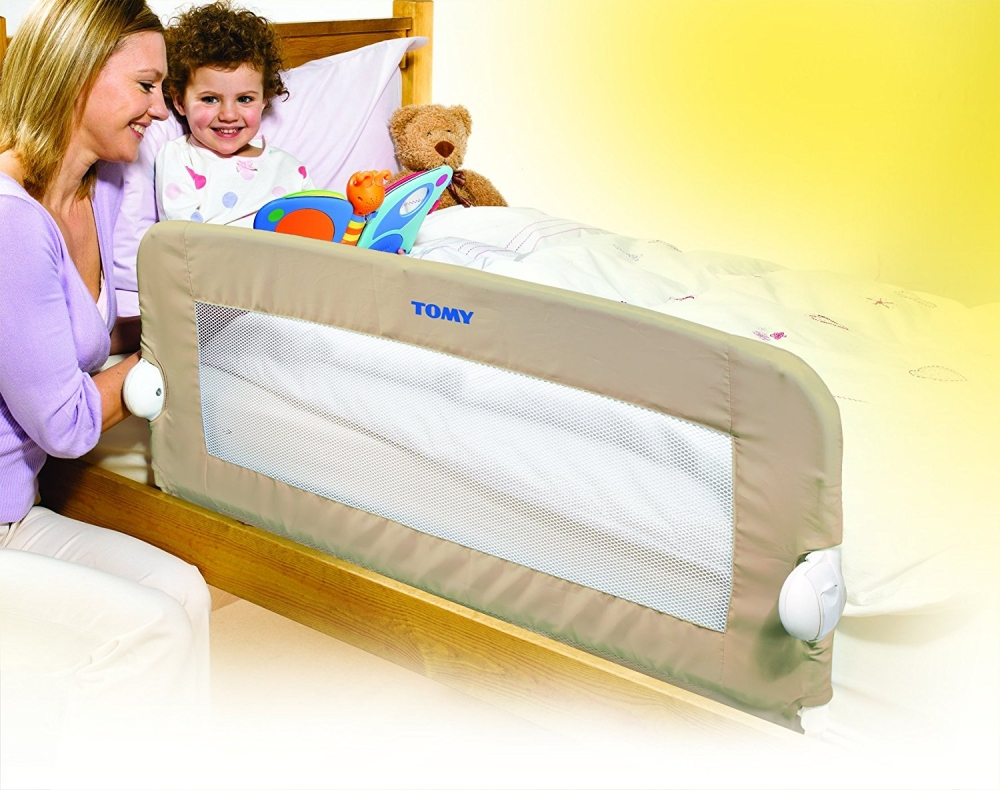 Bariera de pat universala si rabatabila Tomy Folding Bed Beige