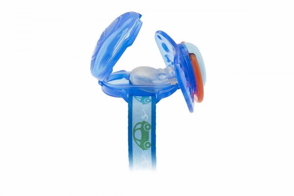 Lantisor Chicco cu capac de protectie pentru suzeta 0luni+ Blue