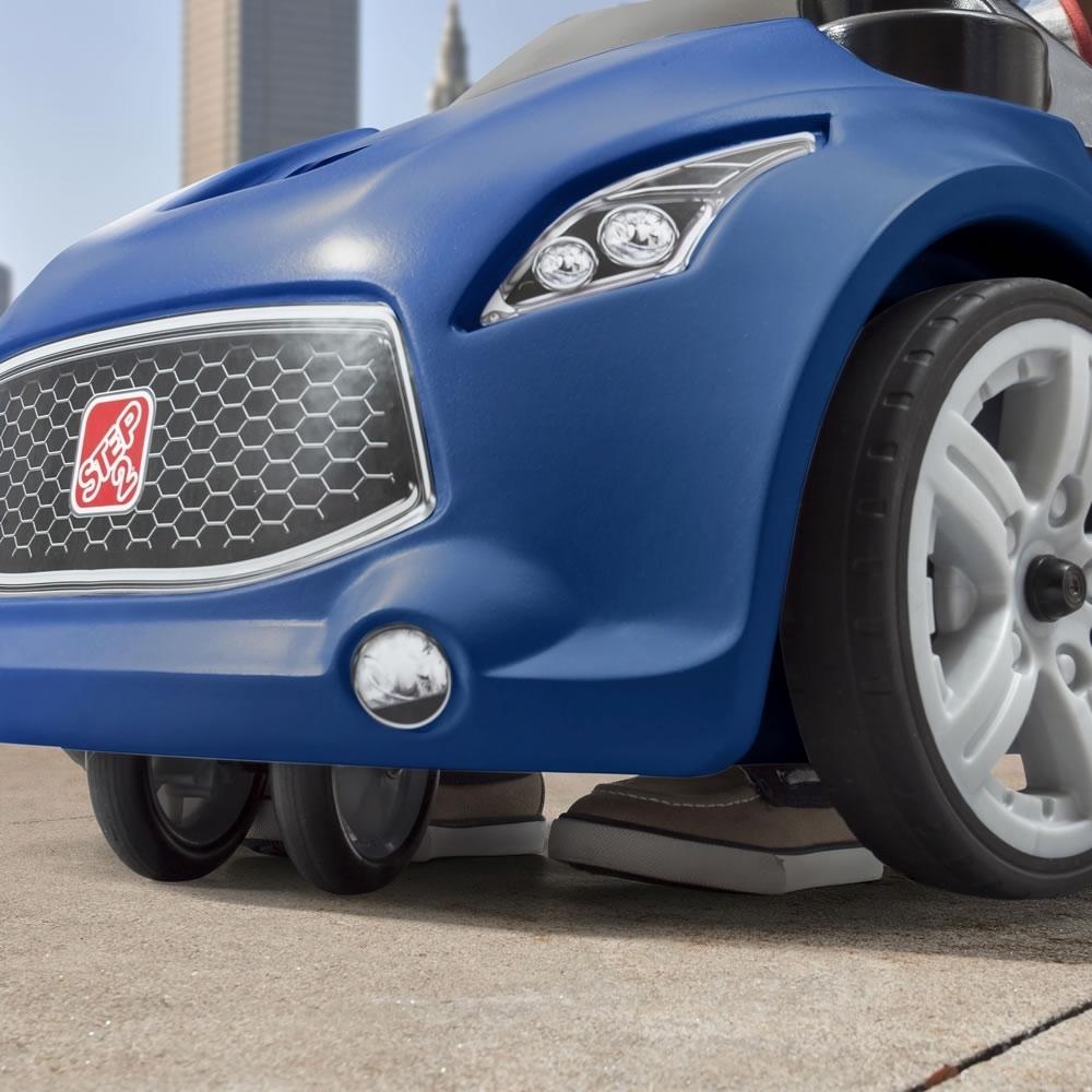 Vehicul albastru Turbo Coupe Foot-To-Floor