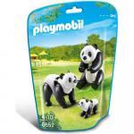Familie de ursi panda