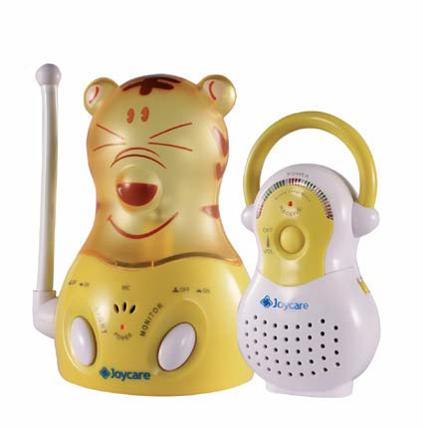 Baby monitor forma ursulet si lampa de veghe