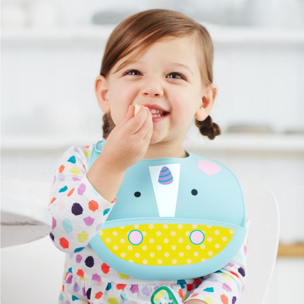 Bavetica din silicon pentru bebe Skip Hop Unicorn