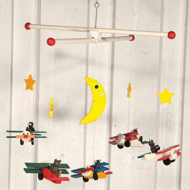 Carusel avioane din lemn