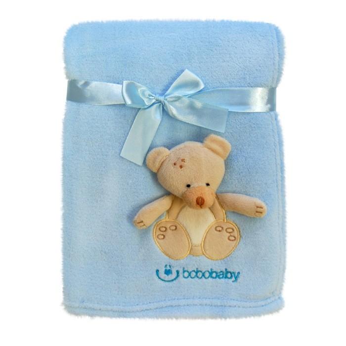 Paturica microfibra cu aplicatii 3D Ursulet blue 76×102 cm din categoria Camera copilului de la Bobobaby