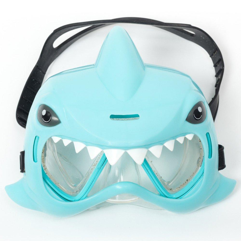Ochelari de apa in forma de rechin
