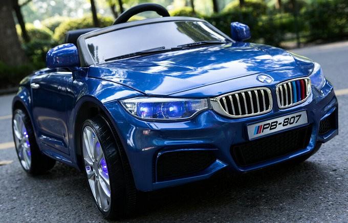 Masinuta electrica cu scaun de piele si roti din cauciuc M3 Blue Painting imagine
