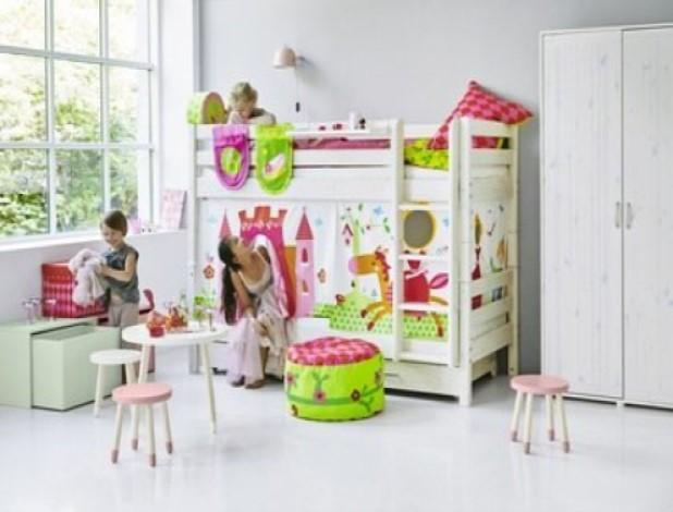 https://img.nichiduta.ro/produse/2019/02/Lampa-de-perete-copii-Monty-alba-Flexa-Play-224280-2.jpg