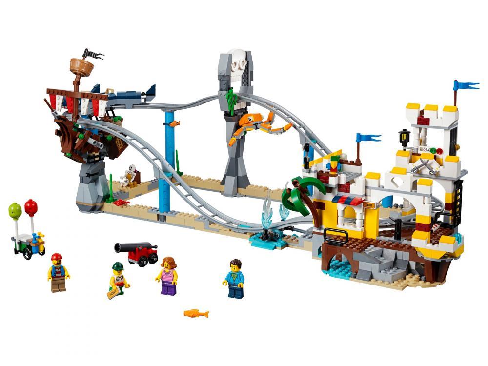 Roller coaster-ul piratilor Lego Creator