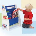 Biblioteca din lemn Montessori cu vehicule