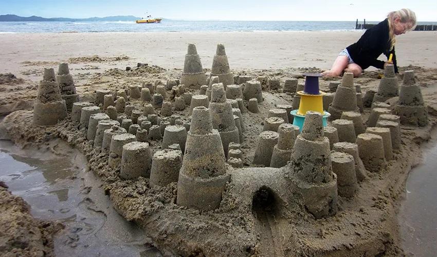 Forme de nisip verde mov galben Alto