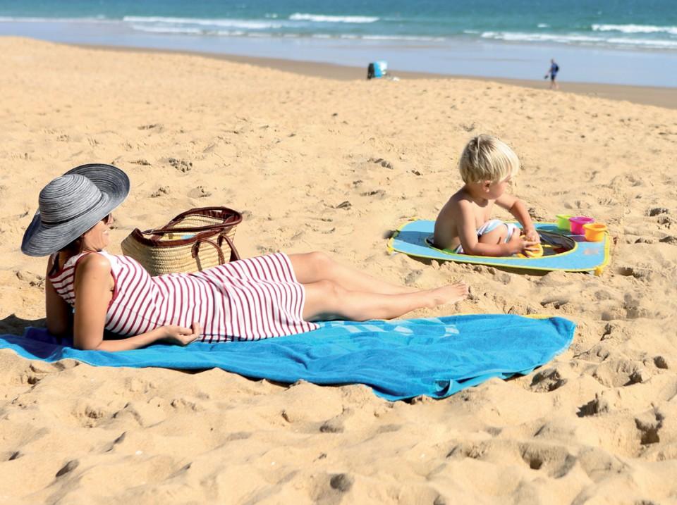 Minipiscina de plaja cu jucarii 123 Soare imagine
