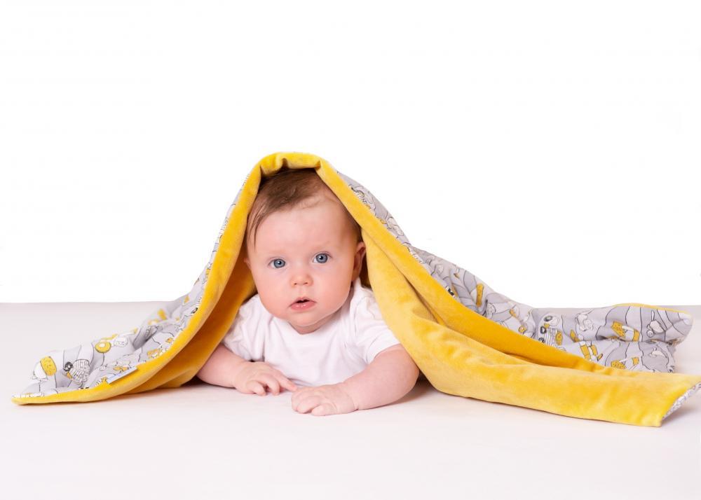 Paturica bebelusi cu doua fete 75x100 cm Velvet Car 03