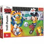 Puzzle Trefl Disney Mickey Mouse pe terenul de sport 100 piese