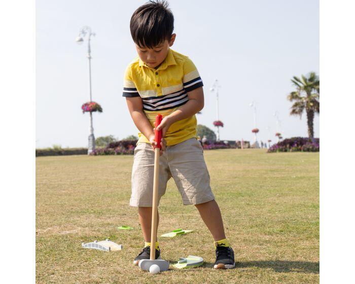 Joc mini golf din lemn