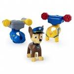 Figurina de actiune Chase cu 2 uniforme Patrula Catelusilor