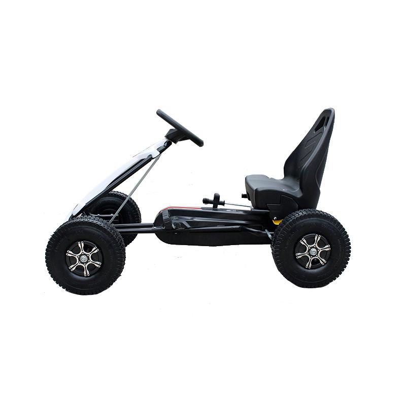 Kart cu pedale si roti gonflabile Hunter White