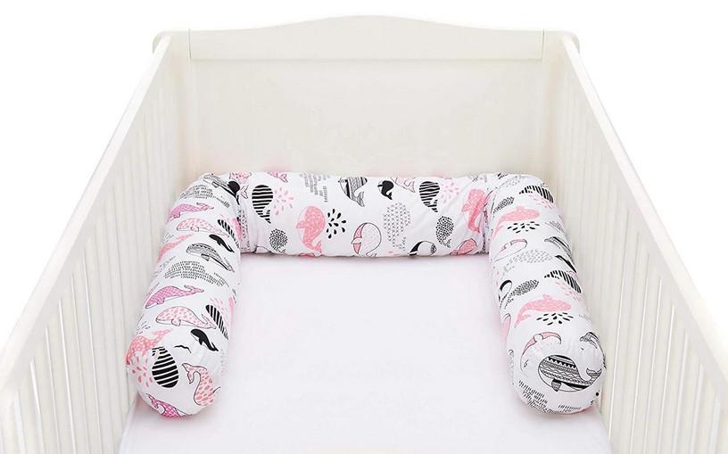 Protectie laterala pentru pat din lemn 190 cm balena pink Fillikid
