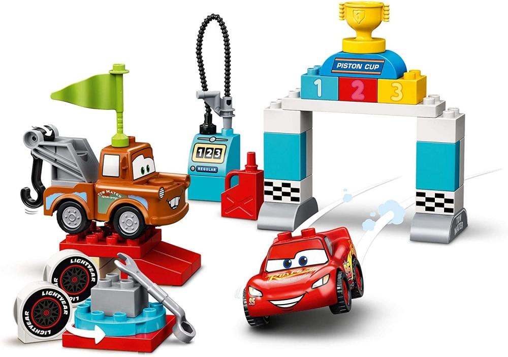 Lego Duplo Cars ziua cursei lui Fulger Mcqueen
