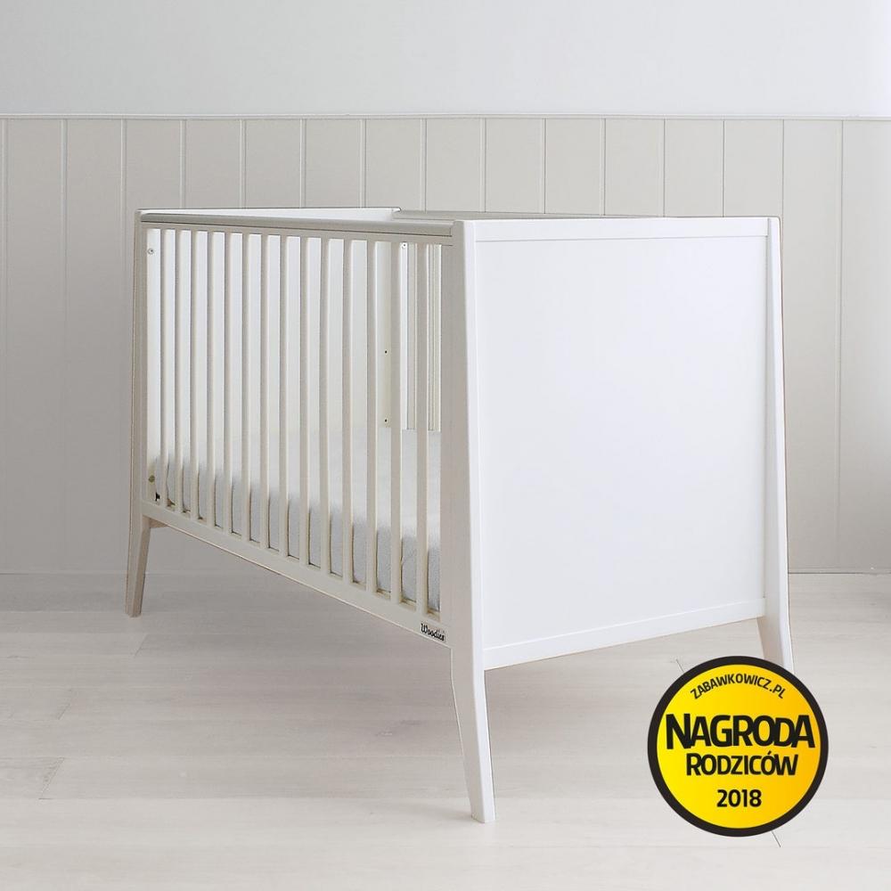 Patut bebe din lemn masiv Slim alb