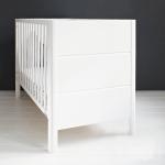 Patut bebe din lemn masiv Smooth alb