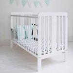 Patut din lemn masiv pentru bebe Star Baby alb
