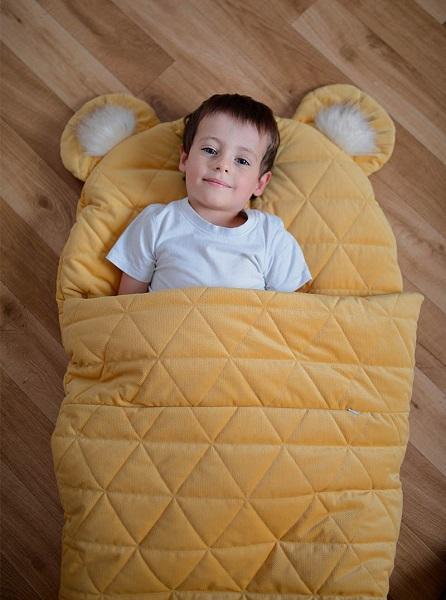 Sac de dormit Dream Catcher transformabil in salteluta Mustard 120x60cm